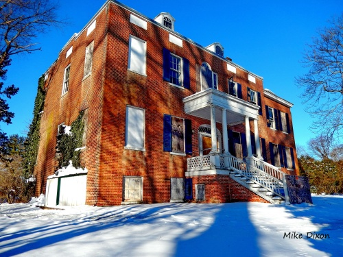 One of Elkton's historic buildings, Holly Hall, faces another winter.