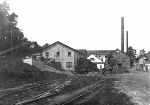 Providence Paper Mill in a postcard from about 1912 shows the end of the Childs Spur.  source:  personal collection